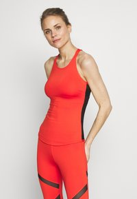 Wolf & Whistle - MESH BACK RUST - Top - red - 0