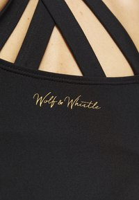 Wolf & Whistle - EXCLUSIVE STRAP BACK TOP - Topper - black - 4