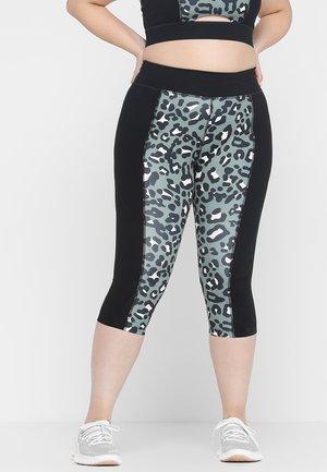 PRINTED CROP LEGGINGS CURVE  - 3/4 sportovní kalhoty - khaki