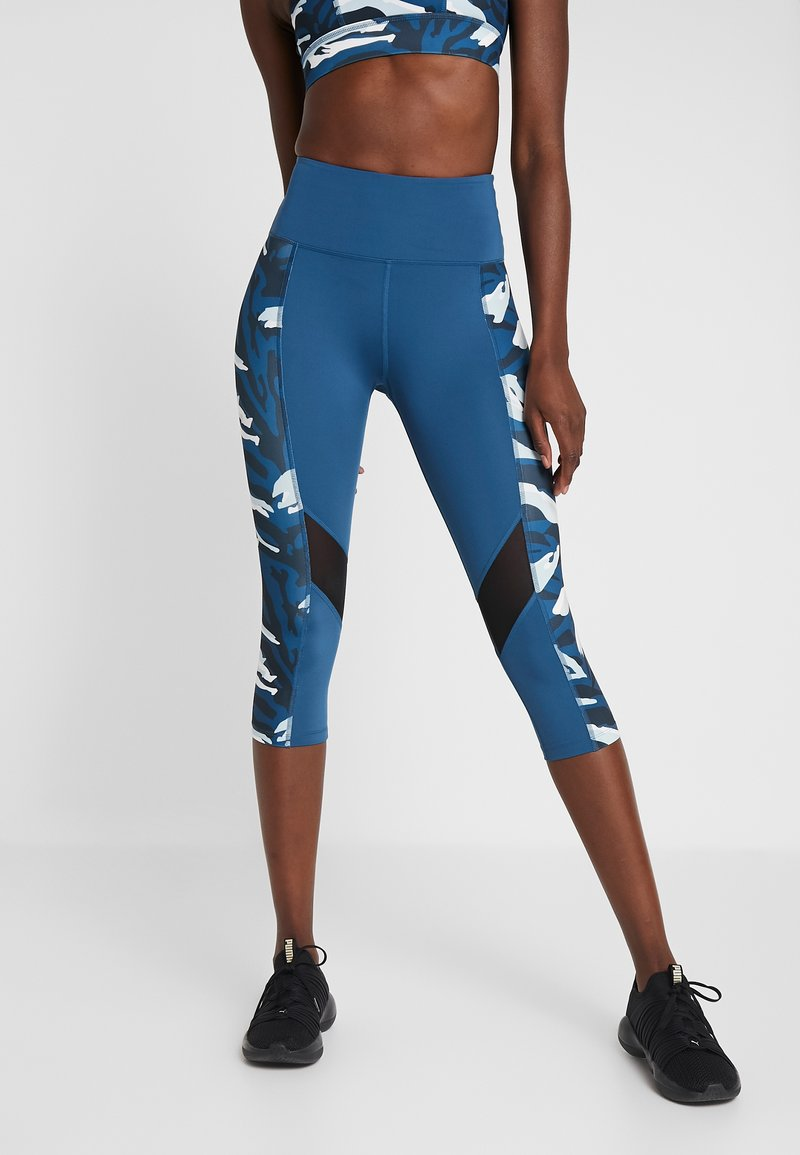 Wolf & Whistle - ABSTRACT PRINT PANEL CROPPED LEGGINGS - 3/4 sportovní kalhoty - blue