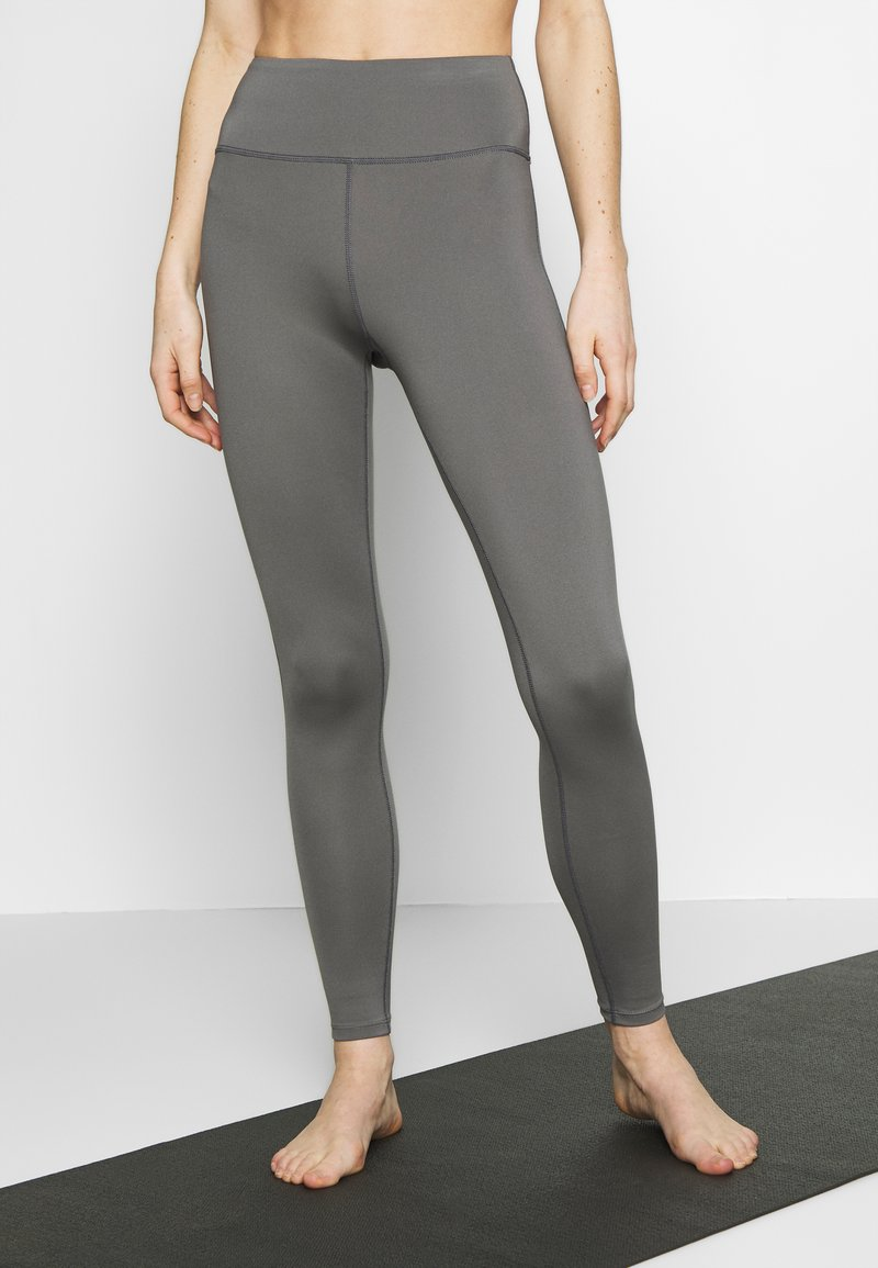 Wolf & Whistle - EXCLUSIVE LEGGINGS - Tights - grey