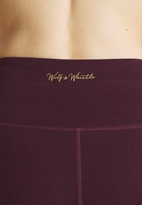 Wolf & Whistle - EXCLUSIVE LEGGINGS WITH PANELS - Tights - plum - 4