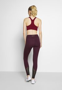 Wolf & Whistle - EXCLUSIVE LEGGINGS WITH PANELS - Tights - plum - 2