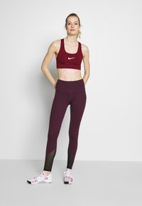 Wolf & Whistle - EXCLUSIVE LEGGINGS WITH PANELS - Tights - plum - 1