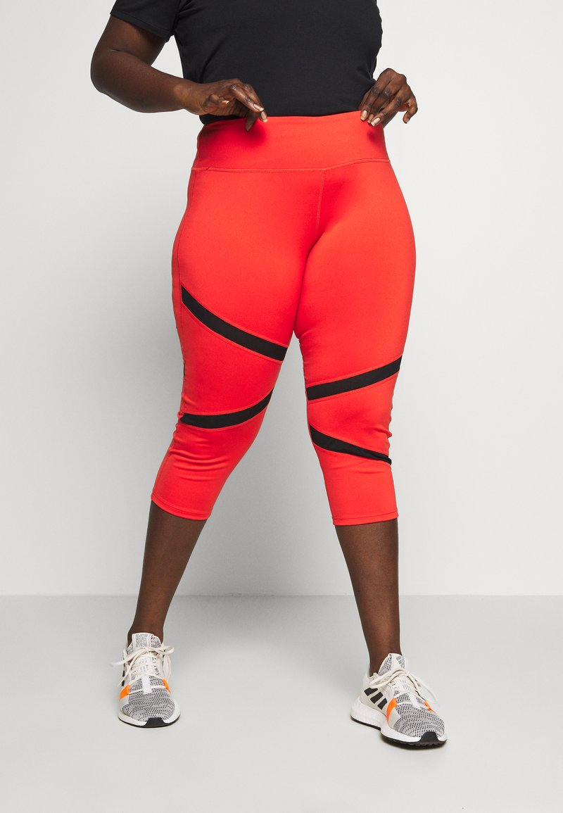 Wolf & Whistle - EXCLUSIVE CROPPED PANEL LEGGINGS - 3/4 sportovní kalhoty - red