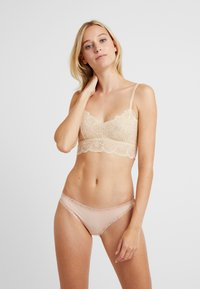 Wolf & Whistle - ARIANA BRALET - Top - peach - 1