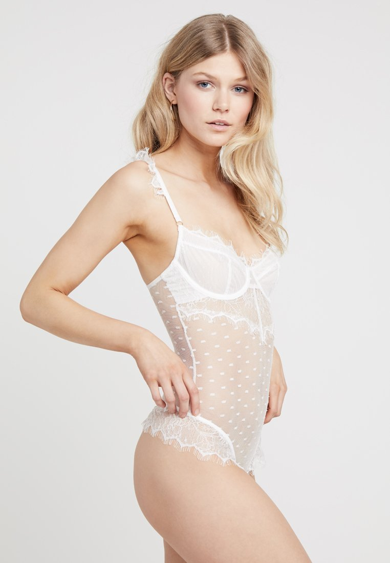 Wolf & Whistle - AIME DOT - Body - ivory