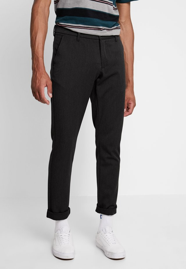 STEFFEN PANT - Trousers - grey