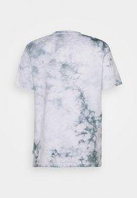 Woodbird - TEDY TIE DYE TEE - Print T-shirt - mint - 1