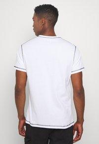 Woodbird - DIZZY TEE - Print T-shirt - white - 2