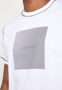 Woodbird - DIZZY TEE - Print T-shirt - white - 5
