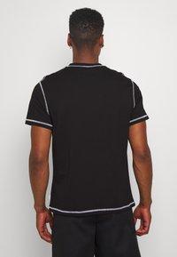 Woodbird - DIZZY TEE - Print T-shirt - black - 2
