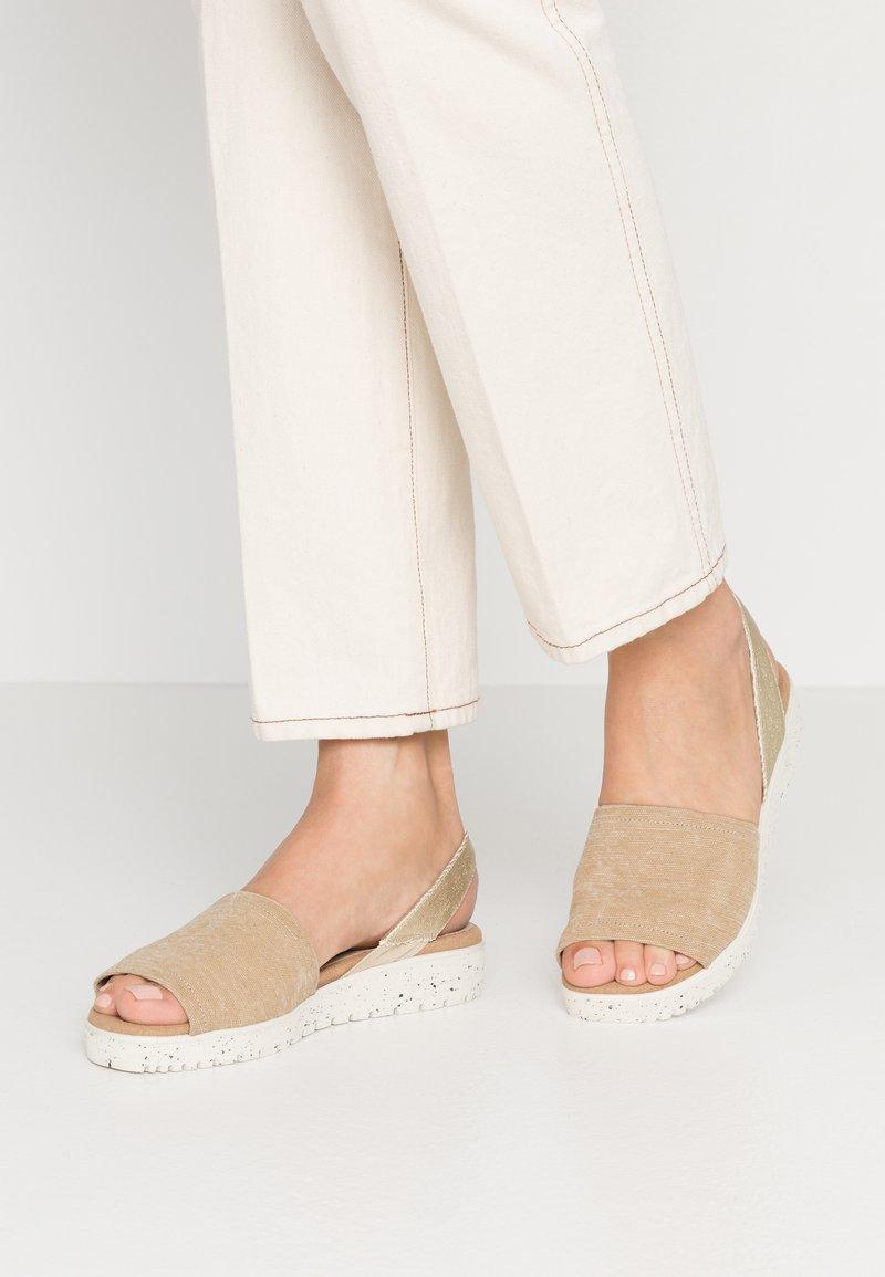 Wonders Green - Sandals - sahara