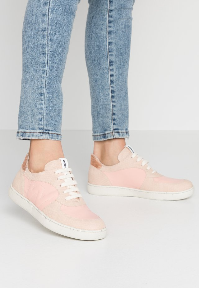 Sneakers - maquillaje/nude