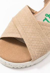 Wonders Green - Sandals - gaz nata/beige - 2
