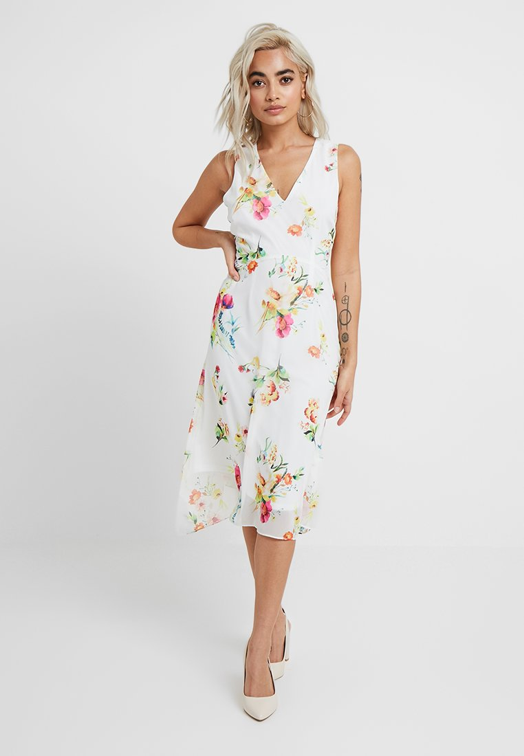 Wallis Petite - EXCLUSIVE FLORAL HANKY HEM - Maxi dress - ivory