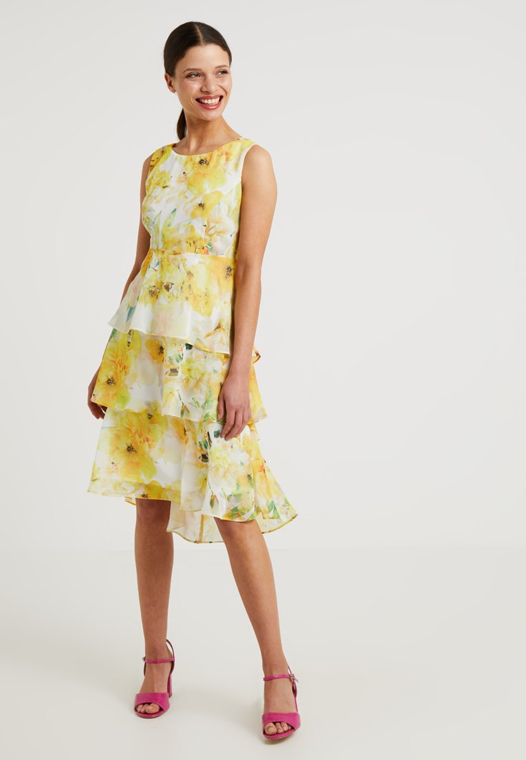 Wallis Petite - FLORAL TIERED DRESS - Robe de soirée - yellow