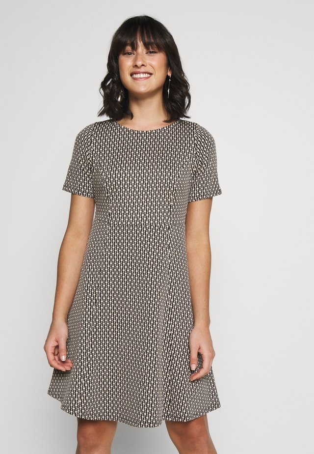 CHAIN JACQUARD DRESS - Korte jurk - stone