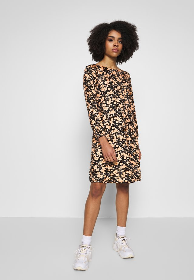 GARDEN FLORAL DRESS - Jerseykleid - neutral