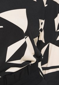 Wallis Petite - GEO ITY - T-shirt à manches longues - black - 6