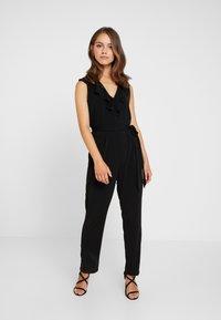 Wallis Petite - NECK FRILL - Jumpsuit - black - 1