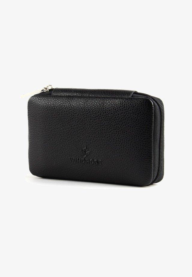 BELUGA MANICURE  - Wash bag - black