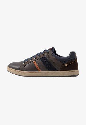 MARSHALL PASO - Sneaker low - coffee