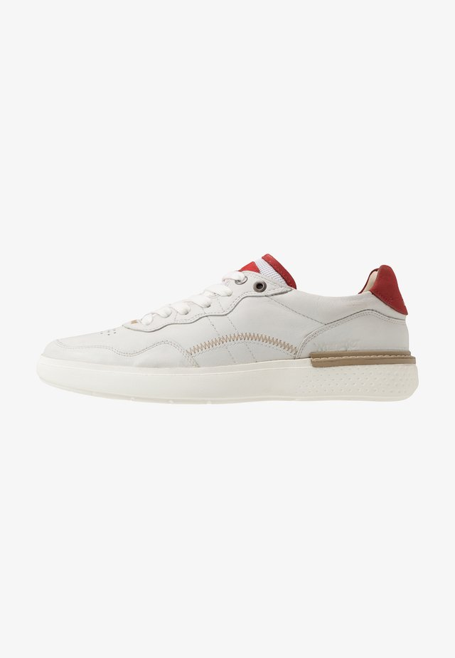 DISCOVERY - Sneaker low - white