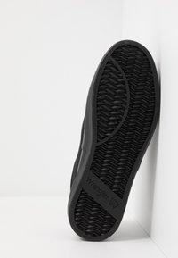 Wrangler - EPIC BOARD  - Sneakersy niskie - black - 4