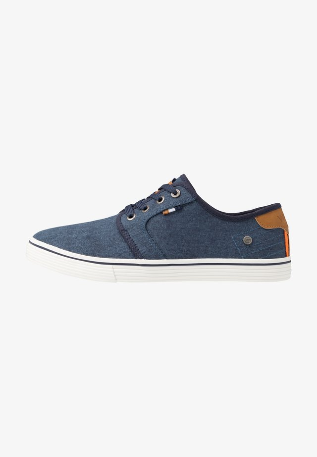 ODYSSEY DERBY - Sneaker low - royal