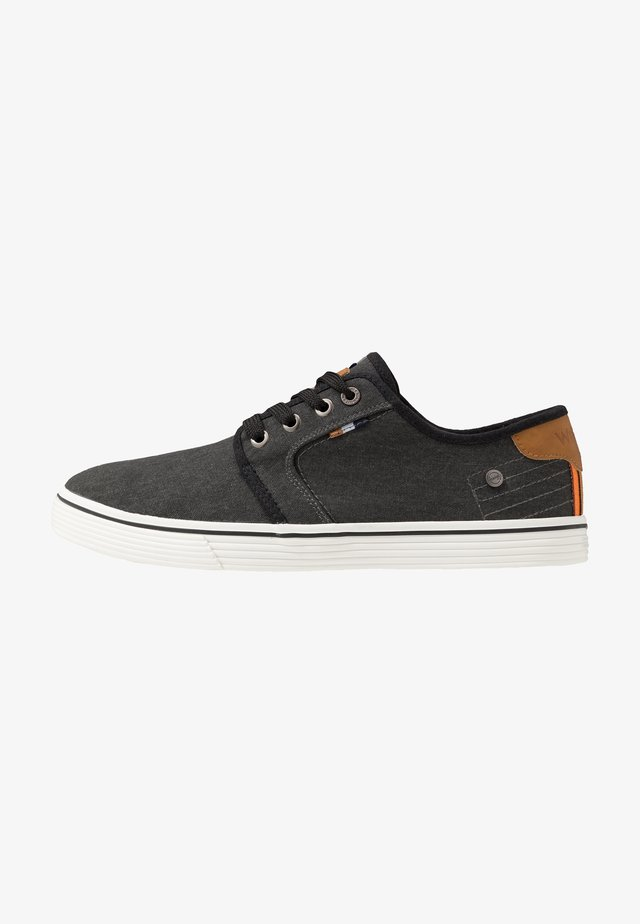 ODYSSEY DERBY - Matalavartiset tennarit - black
