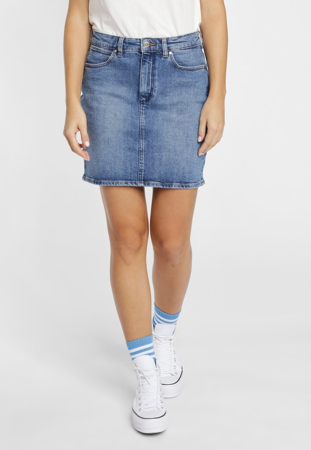 Spódnica trapezowa - mid blue