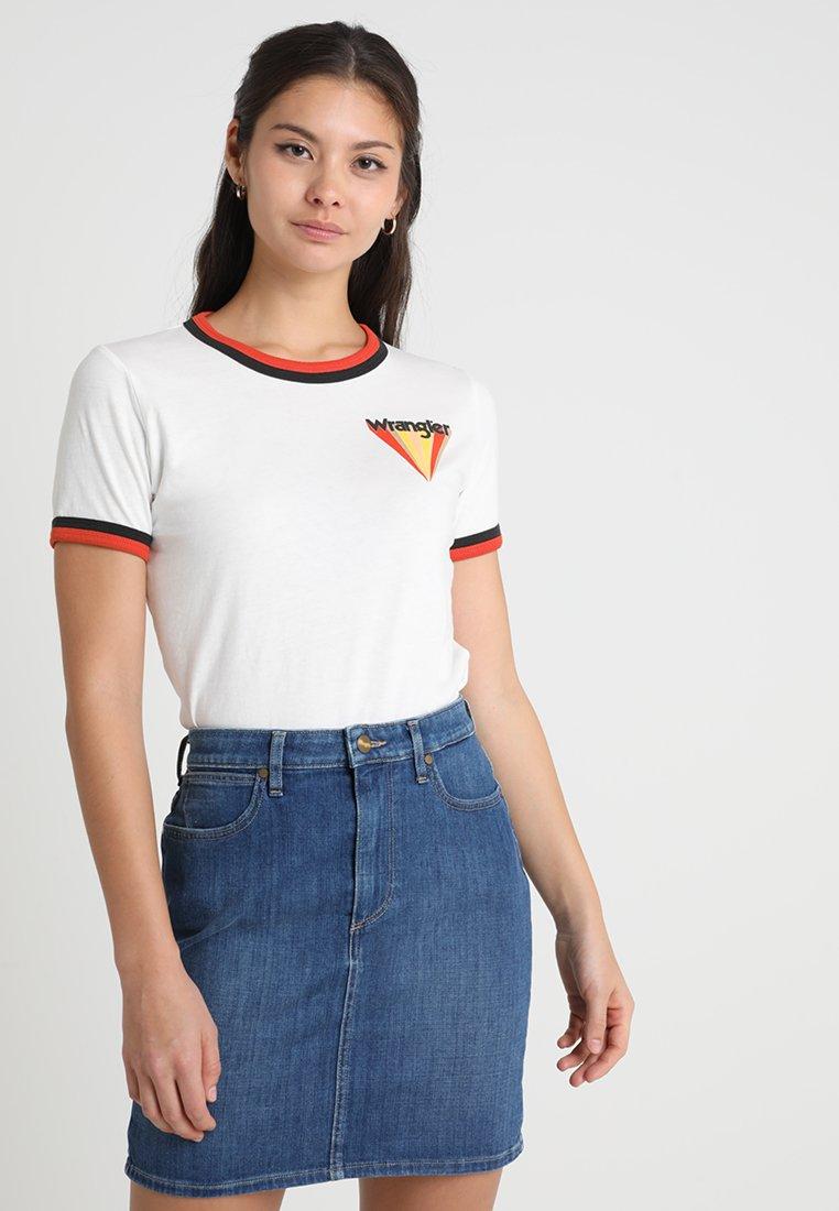 Wrangler - RINGER TEE - Print T-shirt - burnt ochre