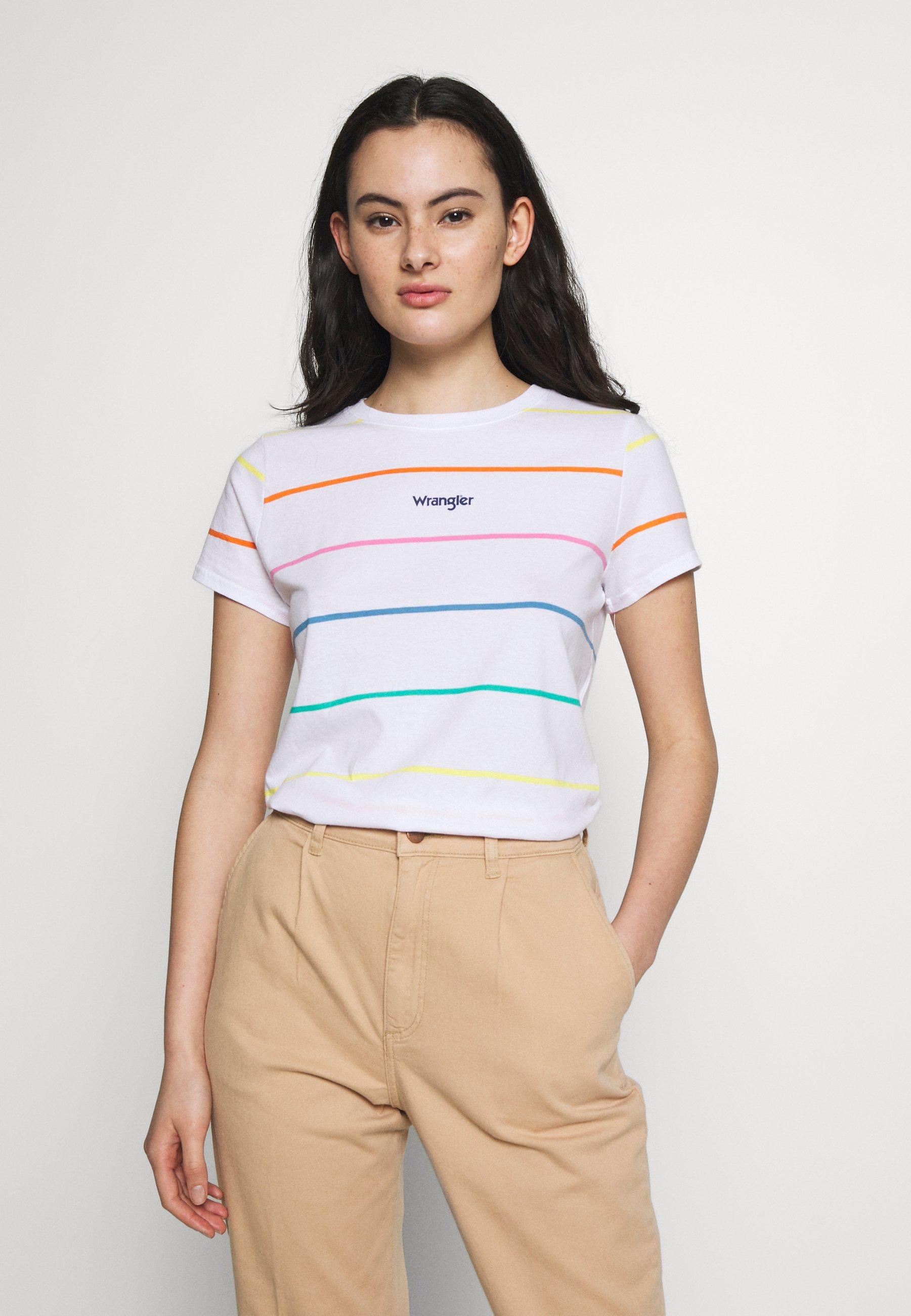 Wrangler REGULAR TEE - T-shirt z nadrukiem - real white