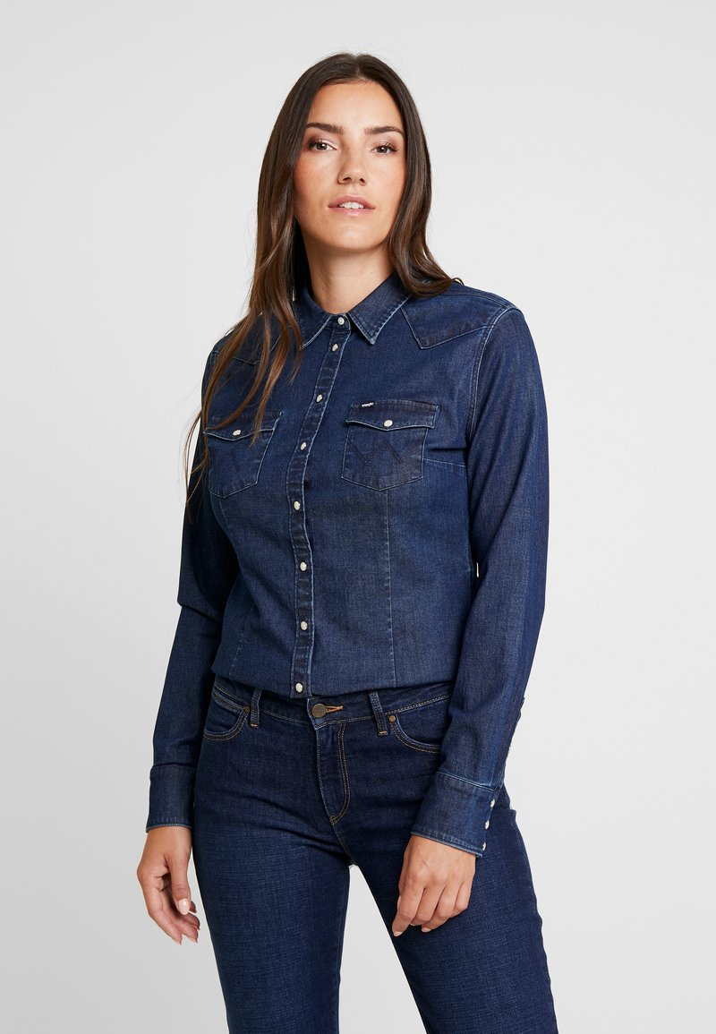 Wrangler - SLIM WESTERN - Button-down blouse - dark indigo