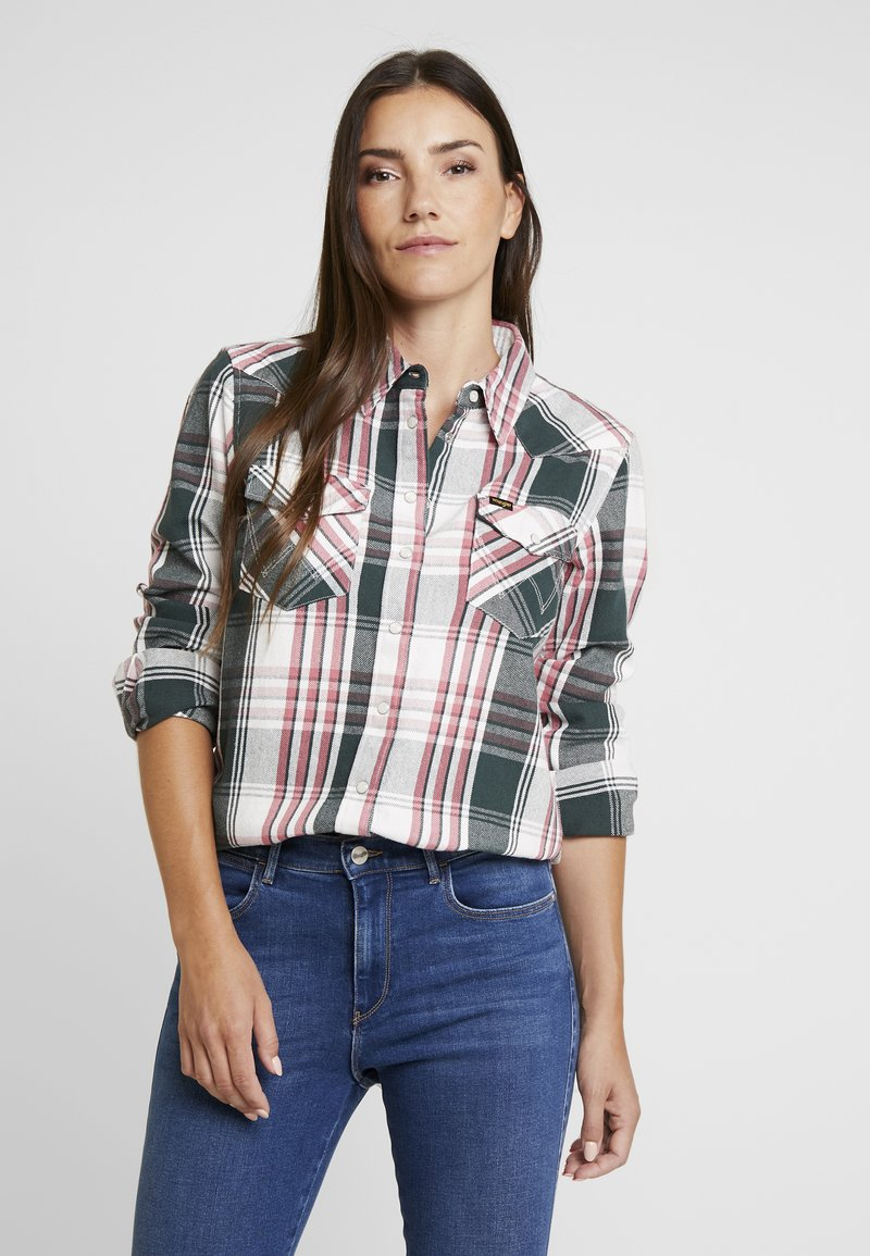 Wrangler - BOYFRIEND WESTERN - Button-down blouse - pine