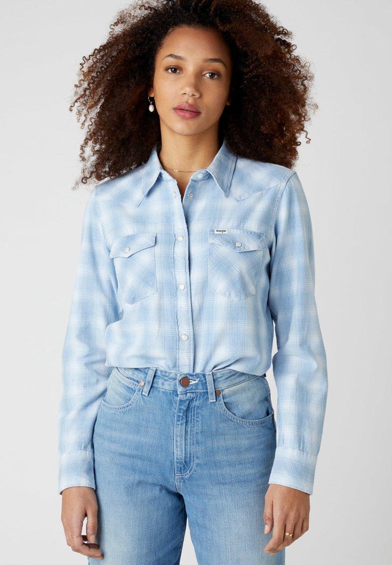 Wrangler - WESTERN - Button-down blouse - light indigo