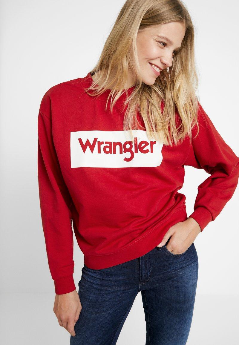 Wrangler - 80S RETRO - Sweatshirt - red