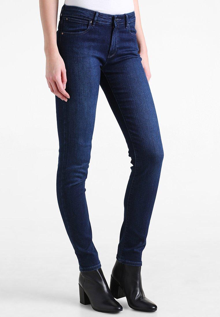 Wrangler - Slim fit jeans - dark blue denim
