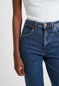Wrangler - MOM - Relaxed fit jeans - noise - 3
