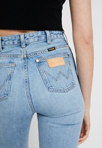 Wrangler - RETRO - Straight leg jeans - blue hawaii - 5