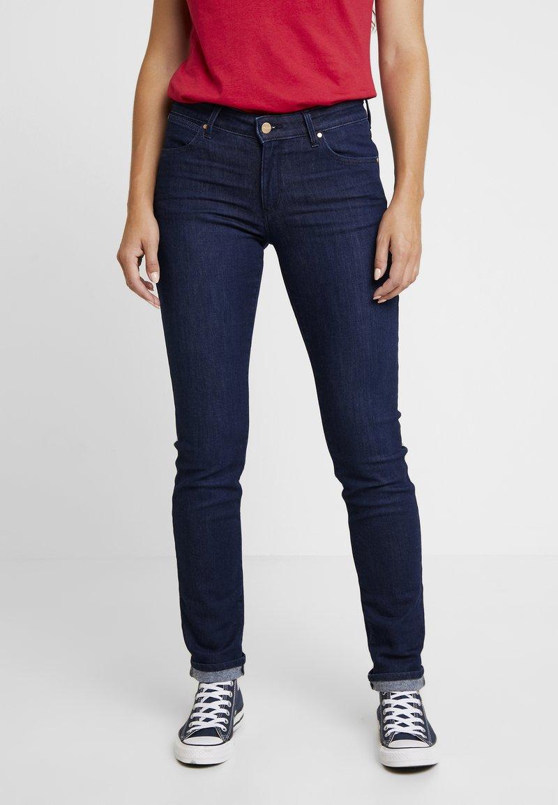 Wrangler - Slim fit jeans - rinse brushed