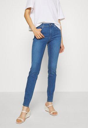 BODY BESPOKE - Jeans Skinny Fit - light my fire