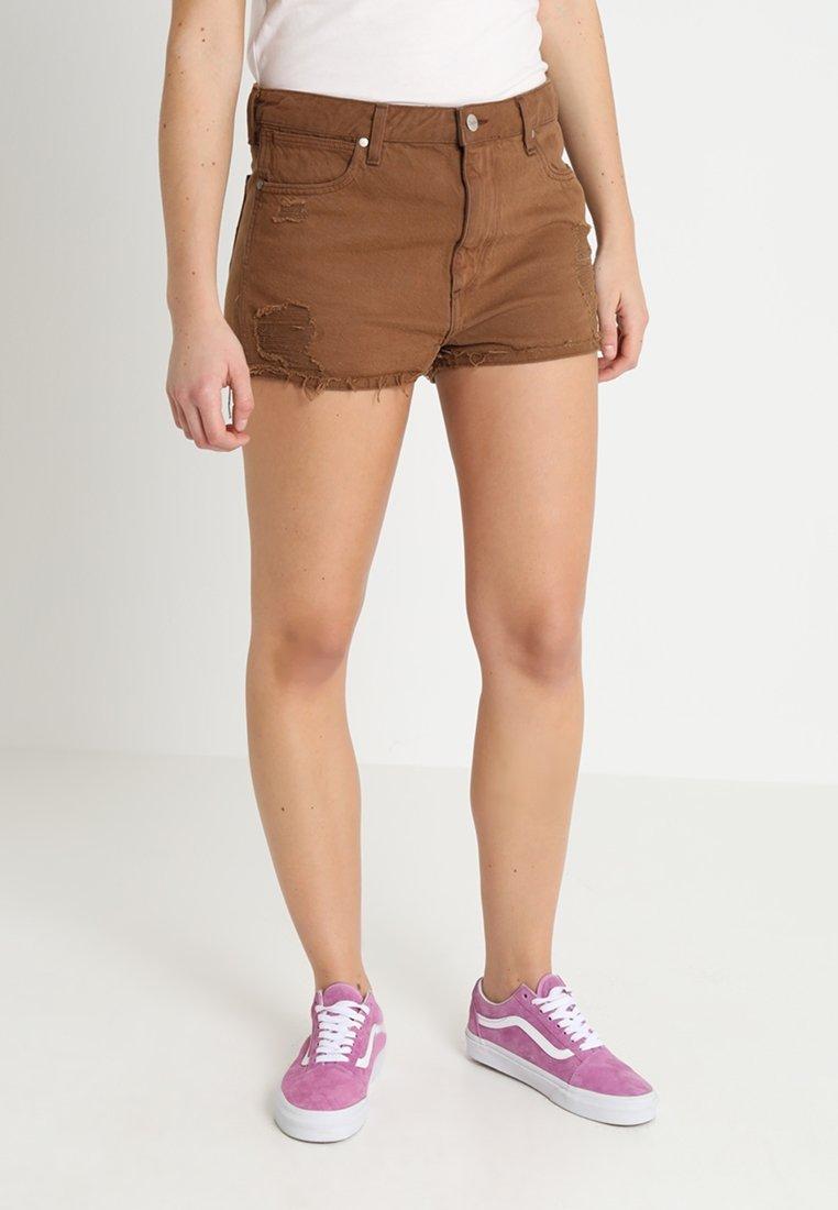 Wrangler - Shorts di jeans - brown