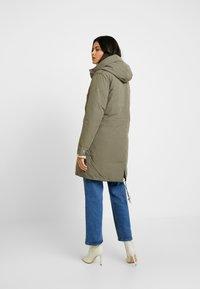 Wrangler - DUSTY  - Zimní kabát - olive - 2