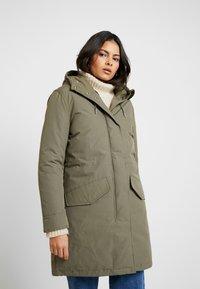 Wrangler - DUSTY  - Zimní kabát - olive - 0