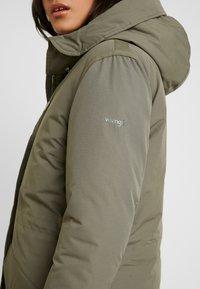 Wrangler - DUSTY  - Zimní kabát - olive - 6
