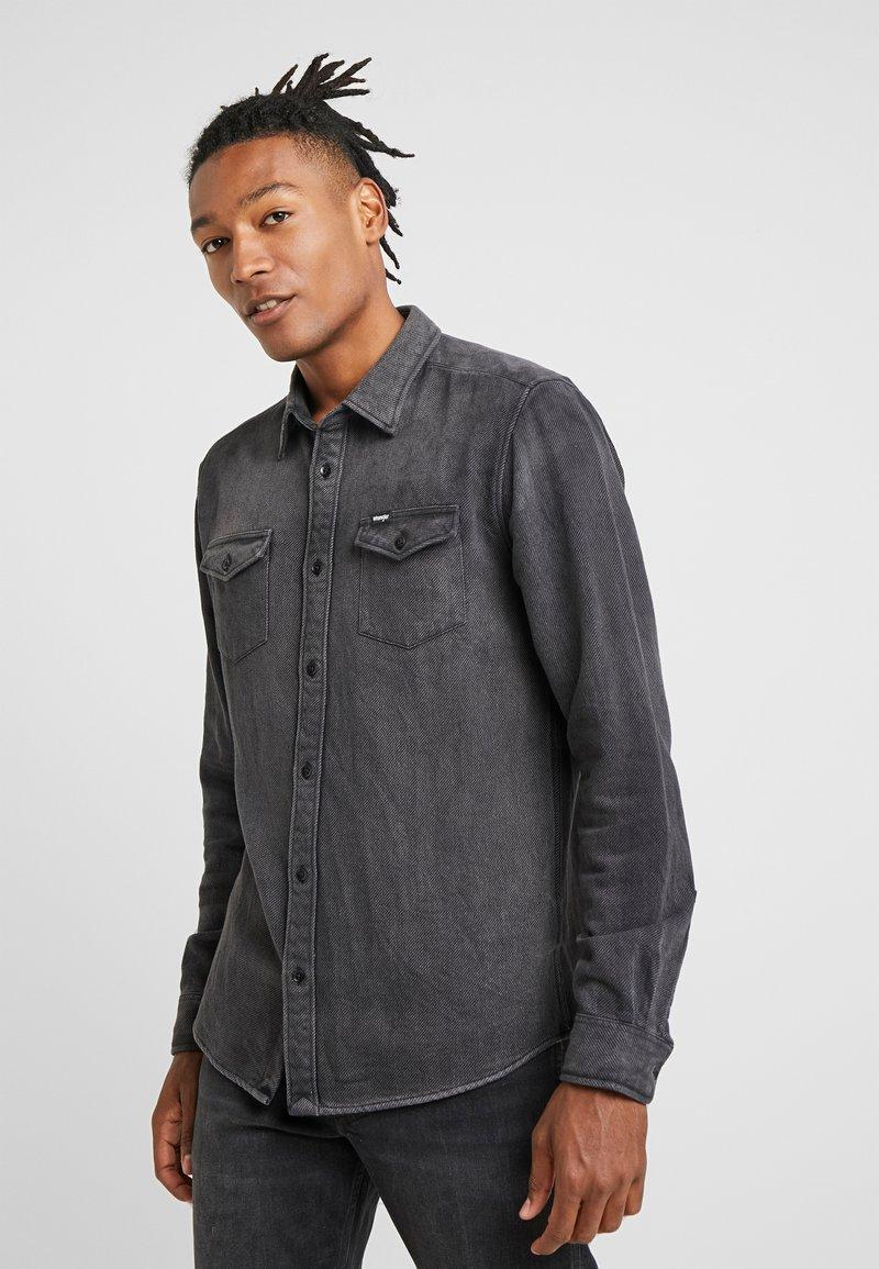 Wrangler - FLAP - Hemd - black
