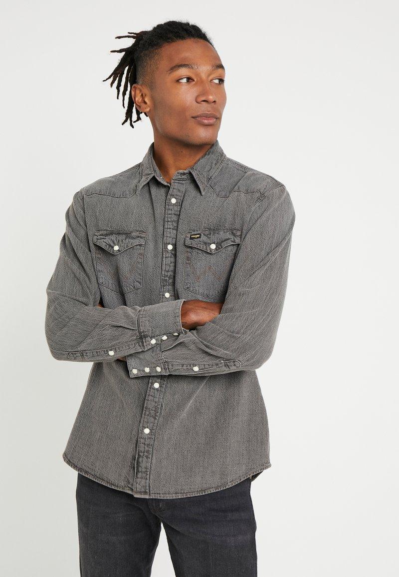 Wrangler - Overhemd - black