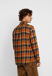 Wrangler - Košile - nutmeg brown - 2